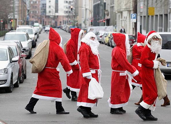 Santa Claus' Walking