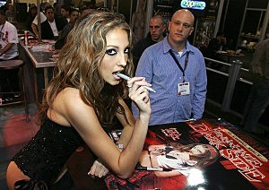 Even this marker is sexy to Jenna Haze