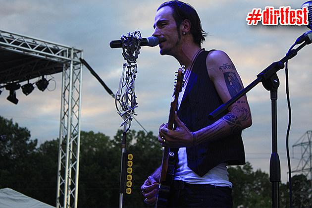Adam Gontier Live at Dirt Fest 2013 - 1