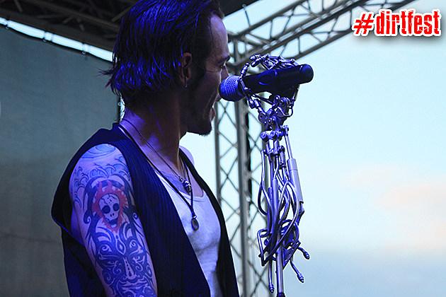 Adam Gontier Live at Dirt Fest 2013 - 3