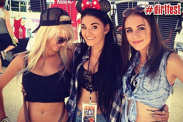 Fans at Dirt Fest 2013