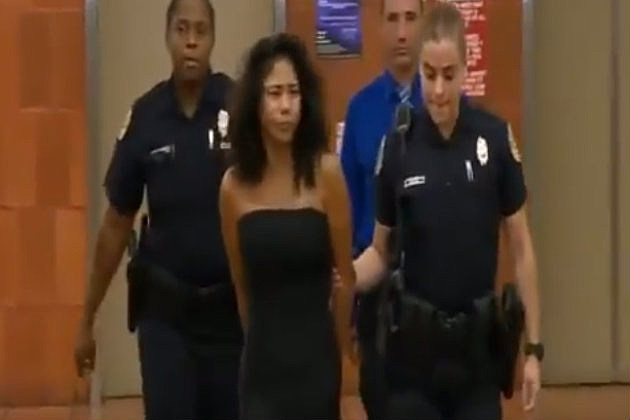 Girl gets caught cheating with stripper